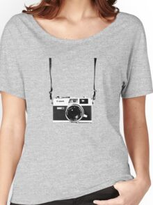 Vintage 35mm Rangefinder Camera Canon Canonet QL17 GIII Women's Relaxed Fit T-Shirt