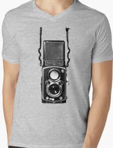 Vintage Medium Format Camera Rolleiflex Twin Lens Reflex (TLR) Mens V-Neck T-Shirt