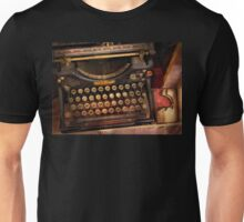 Steampunk - Just an ordinary typewriter  Unisex T-Shirt