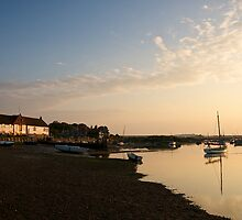Burnham Sunset by Robert  Geldard