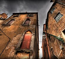 Venice Verticles by Luke Griffin