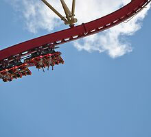 Rollercoaster 2 by Gustavo Bernal
