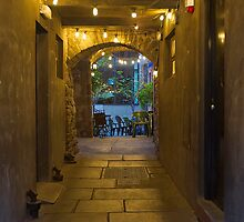 Deacon's House Cafe - Brodie's Close - Edinburgh, Scotland by Yannik Hay