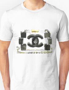 Black & White purse T-Shirt