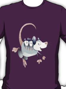 opossum mom with cubs T-Shirt
