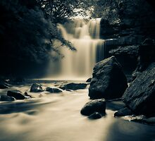 Summerhill Force by mountainsandsky