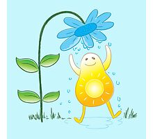 Happy sunshine getting a flower bath Photographic Print