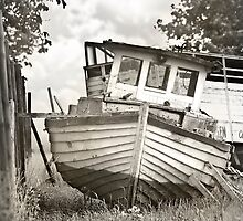 the boat by Mario Benz