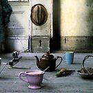 The Dog and the Crocodile came to Tea by Robert Knapman