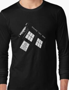 Doctor Who – The TARDIS Long Sleeve T-Shirt
