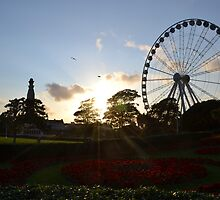 Pre-sunset shot of the Plymouth Wheel by Neil Hinds