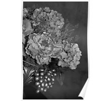 Elegant Bouquet Flower - Black & White Poster
