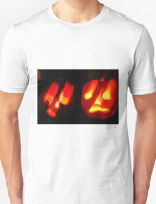 Thoroughly Haunted ~ Happy Hallowe'en T-Shirt