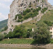 Castle Rock, Slovakia by ellismorleyphto