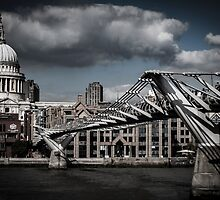 Millenium Bridge by Steve Briscoe