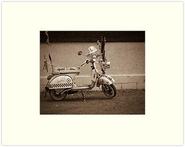 Vintage scooter by chris-kemp