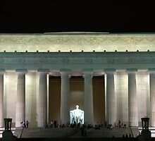 Lincoln Memorial by Chuck Chisler