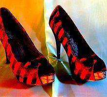 Tiger Feet by Paul  Green