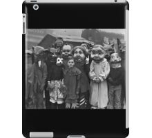 The Gathering on Hallow's Eve iPad Case/Skin