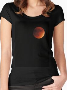Blood Moon Women's Fitted Scoop T-Shirt