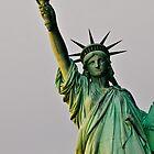 Statue Of Liberty by petitejardim