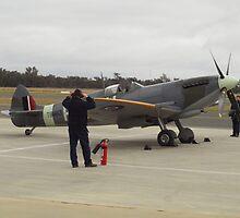 Supermarine Spitfire Mk XVI - VH-XVI - startup by Joe Hupp