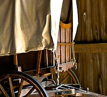 Covered wagon by Heather Paakkonen