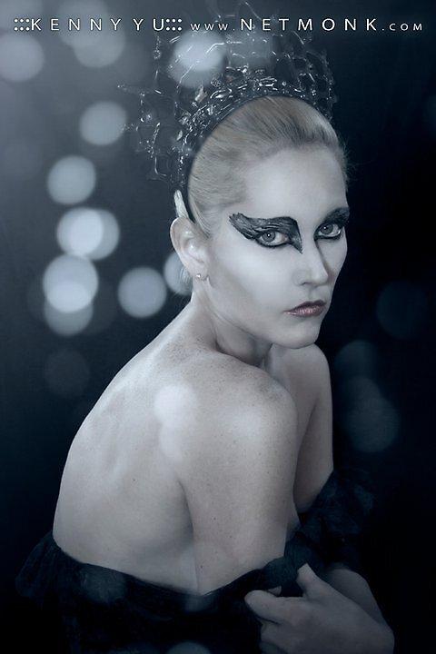 Black Swan by Netmonk Kenny 11' by Ms.Serena Boedewig
