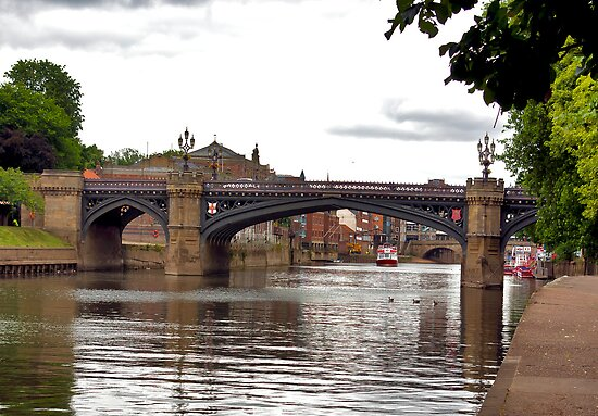 Skeldergate Bridge - York. by Trevor Kersley