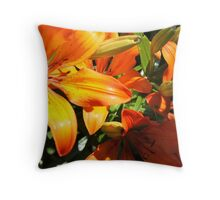 Orange frenzie! Throw Pillow