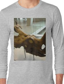 Staggering Notoceratops Long Sleeve T-Shirt