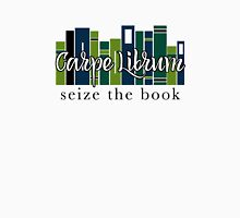Carpe Librum Seize the book Unisex T-Shirt