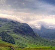 Rolling Mist - Langdale by Victoria limerick