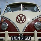 VW Camper by TeresaMiddleton