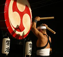 Traditional Japanese Drummer by Manuel Fernandes
