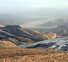 Rainbow mountain of Landmannalaugar by Cindy Dam