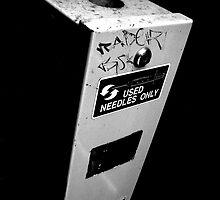 Needle Bin by Obscuro