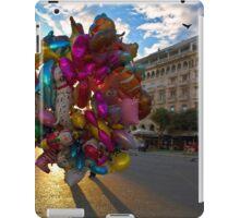BALLOONS COLORFUL CITY SQUARE PLAZA iPad Case/Skin