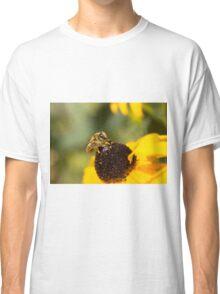 Megachile Bee on Black-eyed Susan Classic T-Shirt