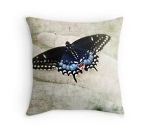 Hold me gently (textured version) Throw Pillow