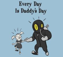 BioShock – Every Day is Daddy's Day Poster (Black) Kids Tee