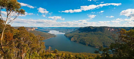 Stunning View from Burragorang Lookout  by Chris  Randall