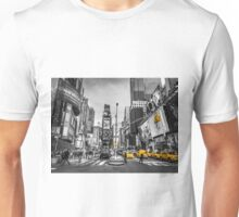 Traffic signal on broadway Unisex T-Shirt