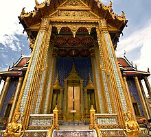 Temple of Prasat Phra Thep Bidon (The Royal Pantheon) by Charuhas  Images