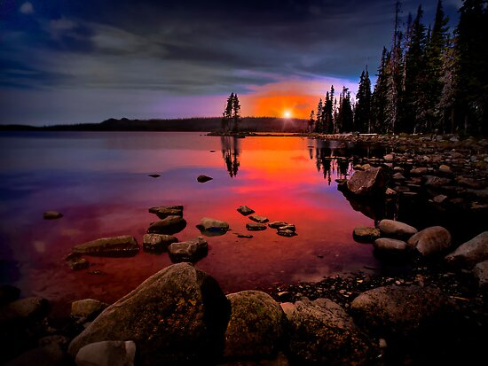 Waldo Lake by Charles & Patricia   Harkins ~ Picture Oregon