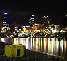 Yarra at night by Jared McLeod