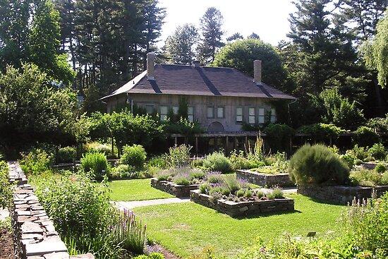 Cornell Plantations Herb Garden by Mark  Reep
