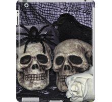 Bride and Groom Skulls iPad Case/Skin