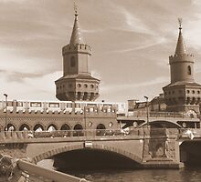 BERLIN OBERBAUM-BRIDGE by TCL-Cologne