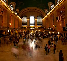 Standing Still - Grand Central Station, New York by Ben Prewett